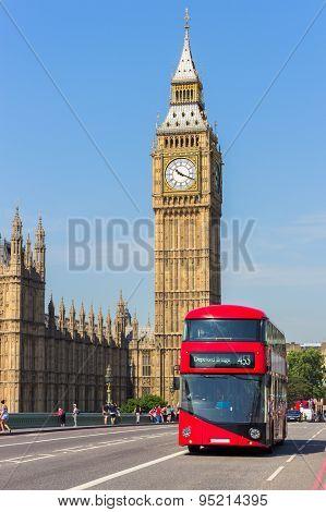 Big Ben Bus