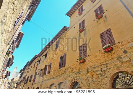 Narrow Street In San Gimignano On A Clear Day