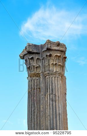 Old Column In Africa Sky History And Nature