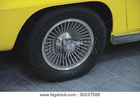 Wheel of Chevrolet Corvette Stingray