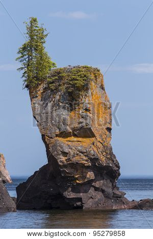 Lake Superior Rock Formation