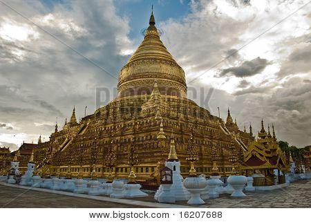Shwezigon paya, Bagan Myanmar