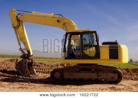 Heavy duty bulldozer truck