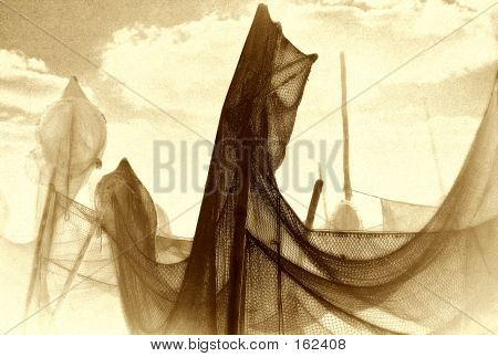 Drying The Net, Artistic Mode