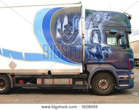 A Lorry With A Beautyful Design
