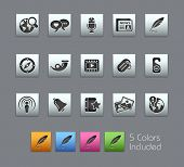 Social Media // Satinbox Series -------It includes 5 color versions for each icon in different layer