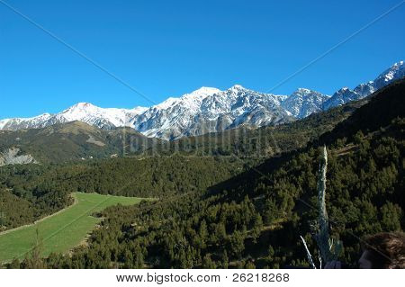 A view of the Seaward range of the Kiakoura mountains in the South Island of New Zealand
