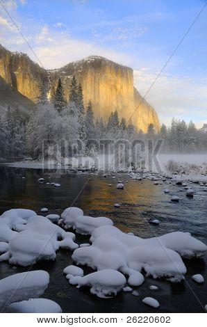 Alpenglow on the granite peaks and the Merced river in Yosemite valley, Yosemite National Park, California