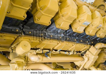 Cylinder block of a large diesel engine