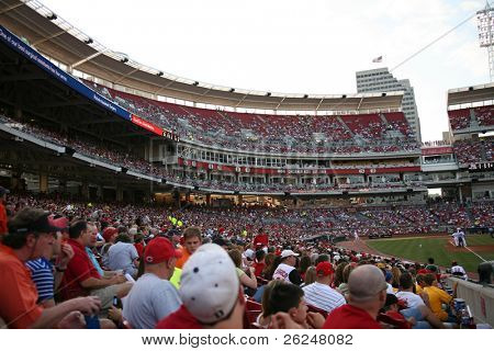 Crowd at the Cincinnati Reds game