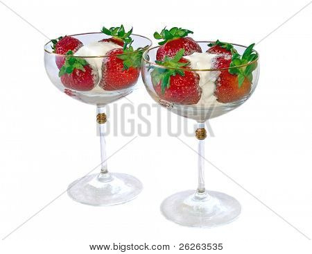 strawberry ice cream in wineglass