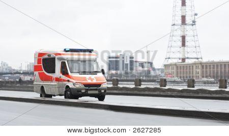 911 Rescue Van Speeds Fast