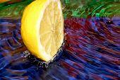 image of crown green bowls  - Splash with fresh lemon - JPG