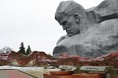 pic of brest  - The monument to Soviet soldiers in Brest fortress Belarus - JPG