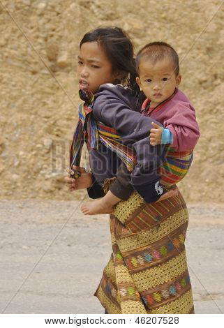 Portrait of unidentified poor laotian hmong children
