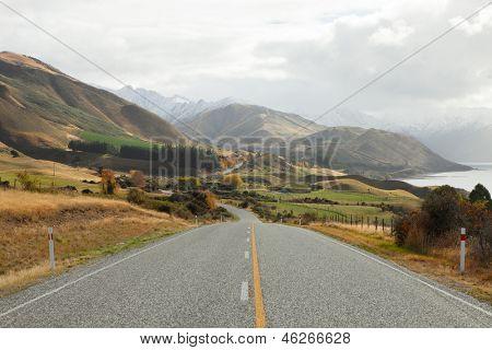 Scenic Road  along Lake Hawea, NZ