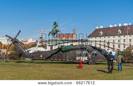 VIENNA, AUSTRIA - OCTOBER 22, 2010: Exhibition of military equipment to the Hofburg in Vienna