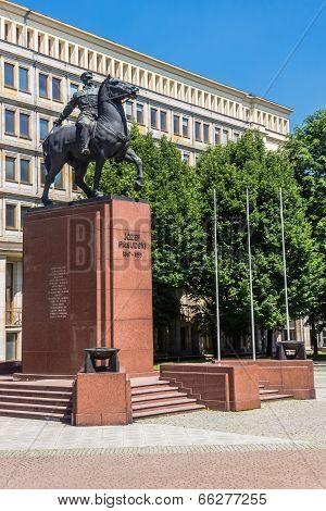 Monument to Jozef Pilsudski