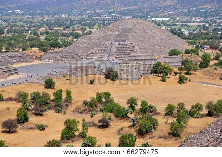Pyramid of the Moon, Avenue of the Dead, Teotihuacan, Mexico