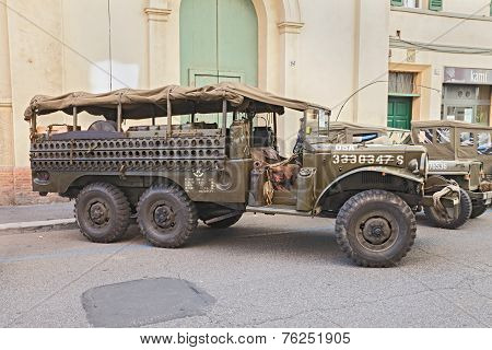 Old Military Truck Dodge Wc 52