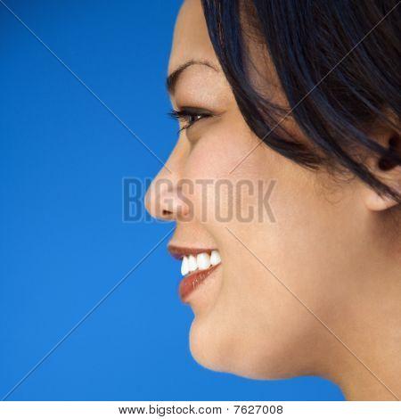 Linda mujer sonriendo