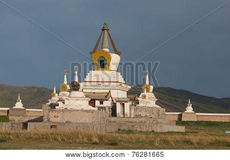 Buddhist Monastery Erdene Zu