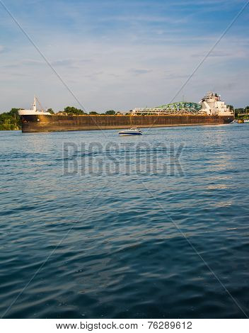 Detroit River Shipping