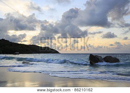 Sunset on the beach of Anse Lazio