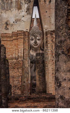 Ancient Buddha Statues, Wat Srichum Temple, Sukhothai, Thailand.