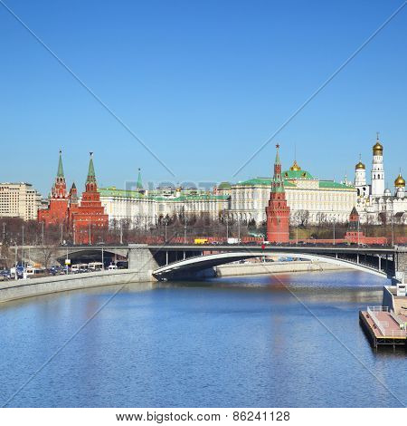 Moskva River and Moscow Kremlin, Russia