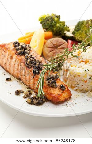 Grilled Salmon with Vegetables and Rice