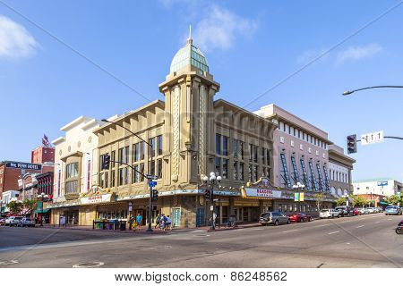 Facade Of Historic Theater Gaslamp 15