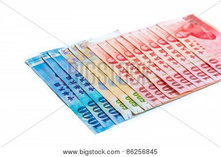 Spread Of 1000, 500 And 100 New Taiwan Dollars Bill