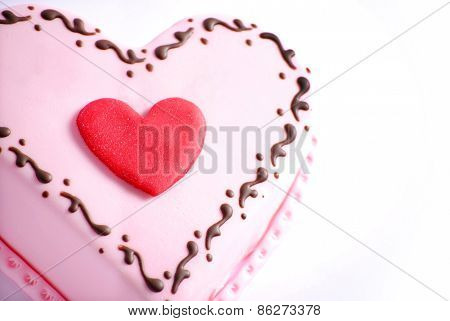 Top of heart shape cake close up