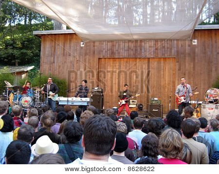 They Might Be Giants Preforms To A Large Crowd At Outdoor Concert