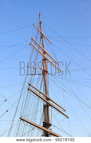 Ship Mast