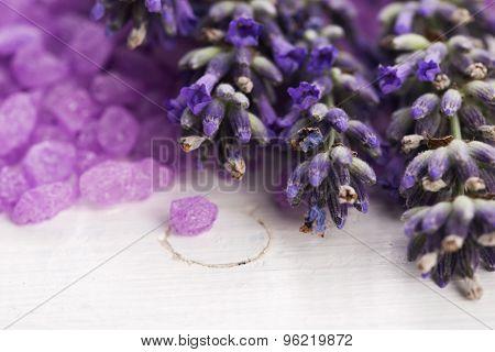 lavender bath salt and some fresh lavender
