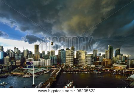 Sydney, Australia - Augus, 2015 : Thunderstorm Over The Sydney Darling Harbour