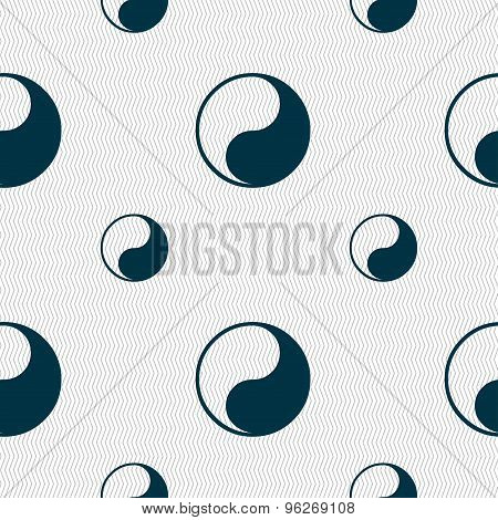 Yin Yang Icon Sign. Seamless Pattern With Geometric Texture. Vector
