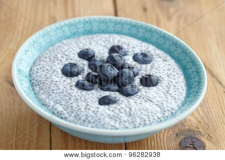 Chia pudding with blueberry