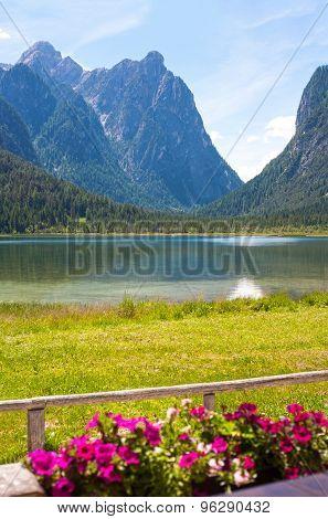 Lake Dobbiaco (toblach, Sudtirol)