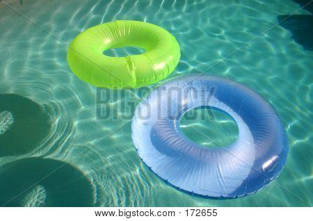 Tubes Floating