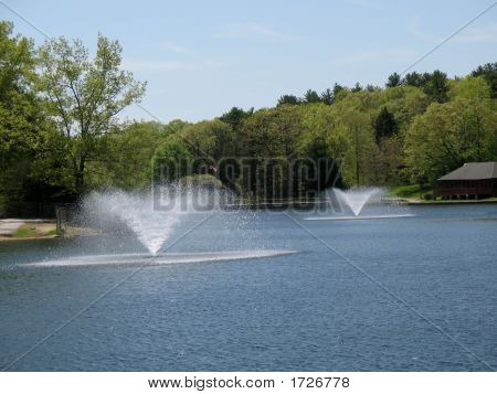 Fountains Of Mohegan Park