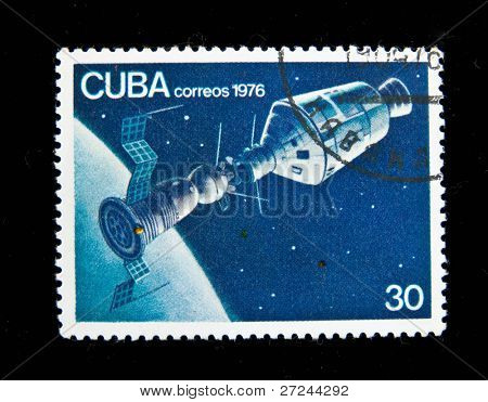 CUBA - CIRCA 1976: A stamp printed in Cuba shows The Soviet spaceship, circa 1976 Series