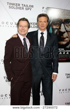 LOS ANGELES - 6 de dic: Gary Oldman, Colin Firth llega a las pruebas de LA