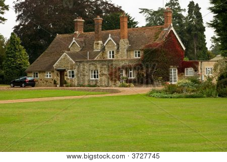 Another English Country House