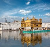 picture of gurudwara  - Sikh gurdwara Golden Temple  - JPG