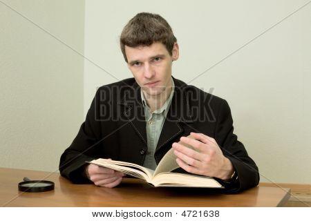 Man Read Book