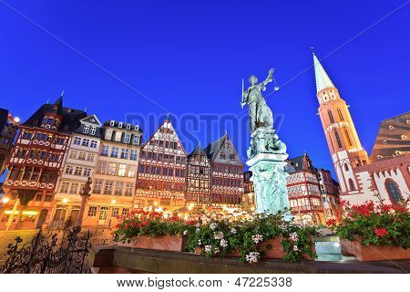 Roemer square, old town of Frankfurt
