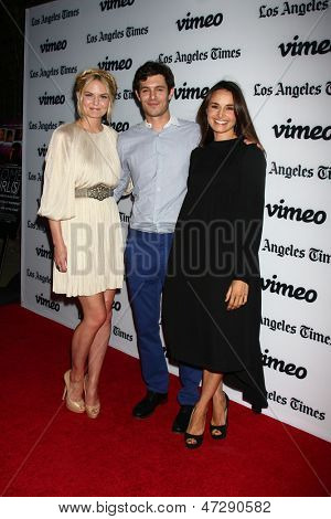 LOS ANGELES - JUN 26:  Jennifer Morrison, Adam Brody, Mia Maestro arrives at the